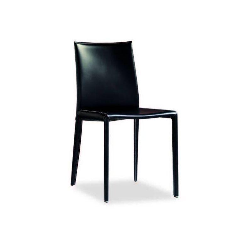 Chaises En Cuir Veritable Table De Lit A Roulettes